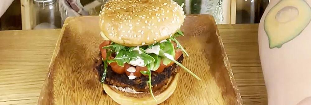 Aprèn a preparar una deliciosa burger vegana!