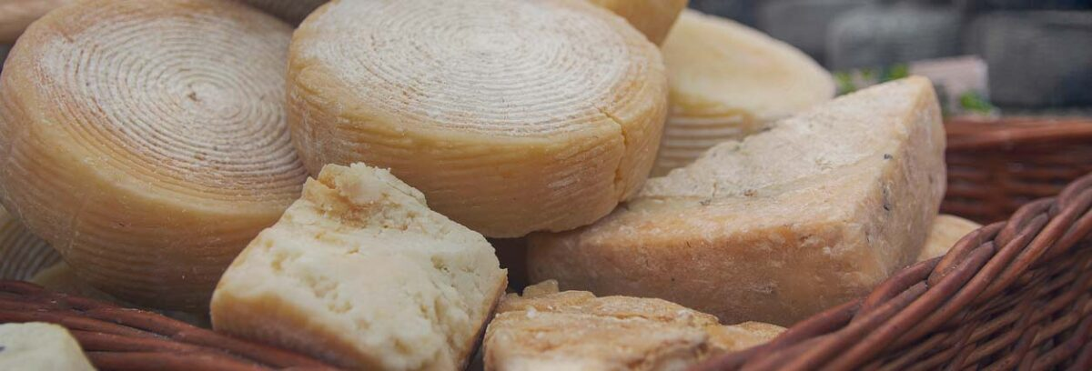 Descobreix com s'elaboren els formatges artesans d'Espinelves!